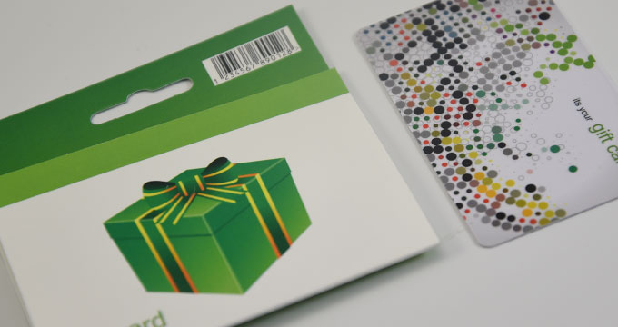 Impression de pochettes en carton pour cartes PVC à suspendre 8.0